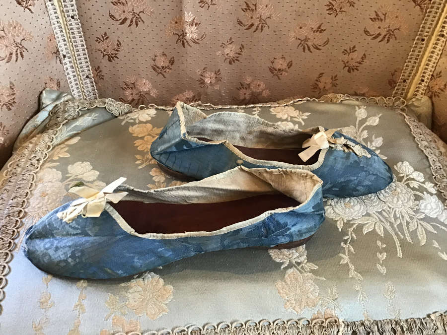 Antique blue brocade slippers ca. 1790
