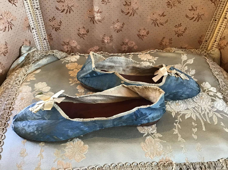 Antique blue brocade slippers ca. 1790