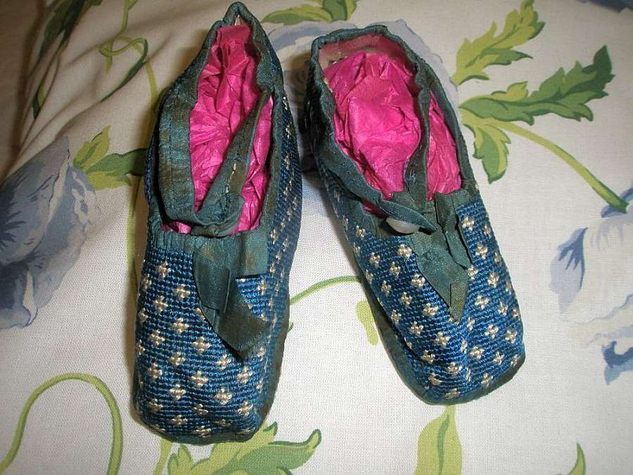 A sweet pair of blue toddlers slippers from the Regency period