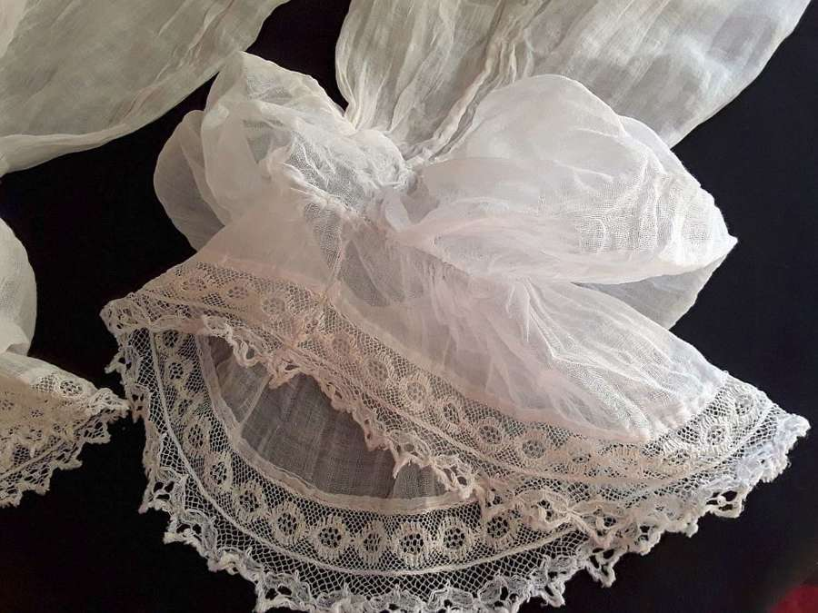 A pair of muslin and lace early 19th century sleeves