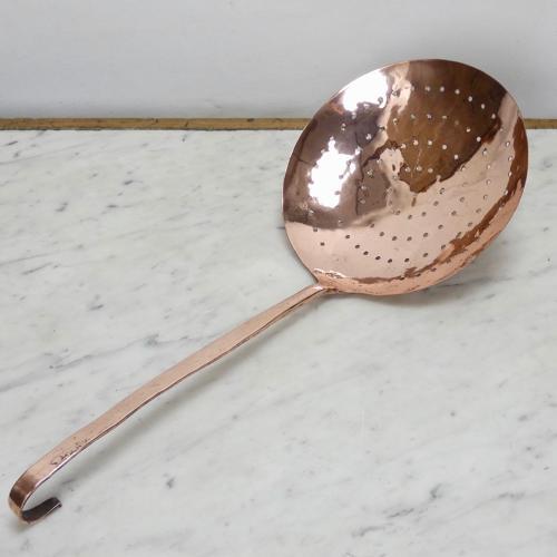 LArge copper skimmer