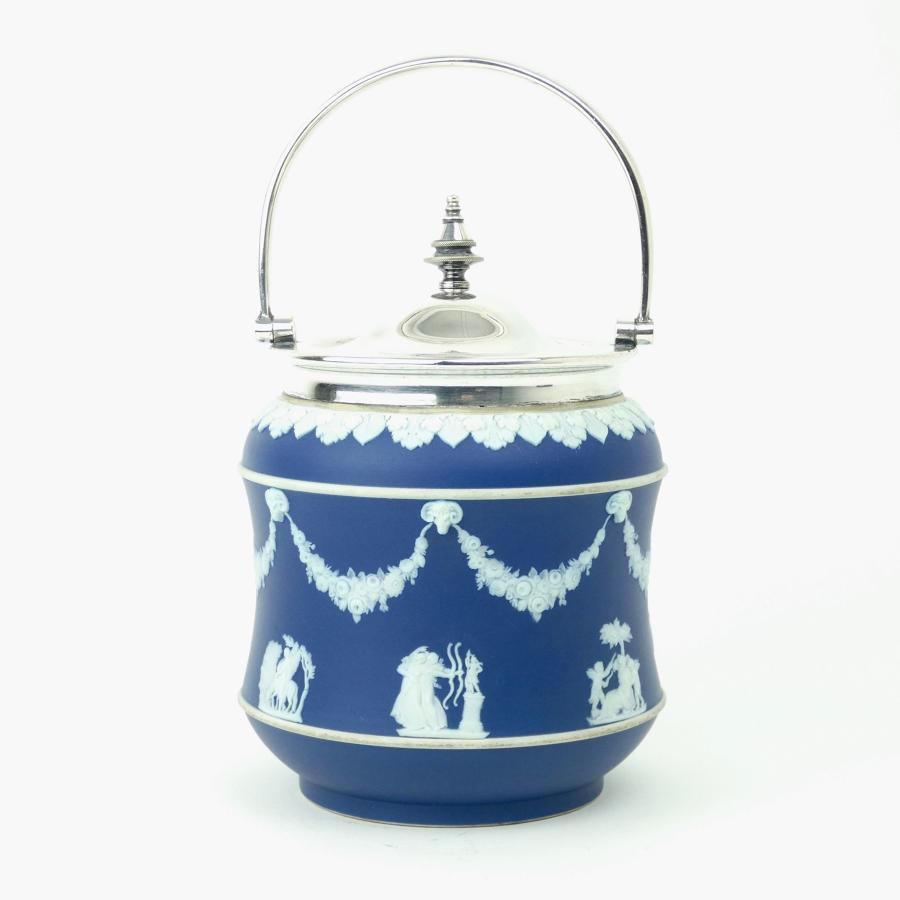 Wedgwood biscuit barrel with plated mounts