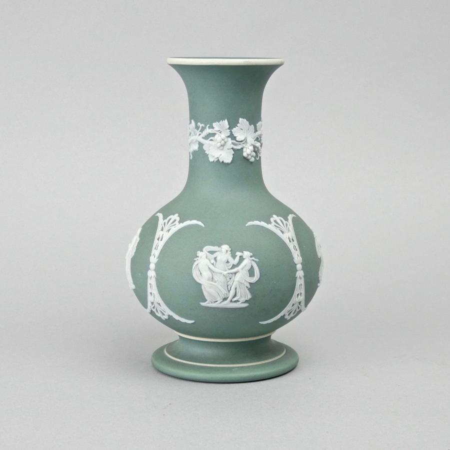 Pale green jasper, bulbous vase