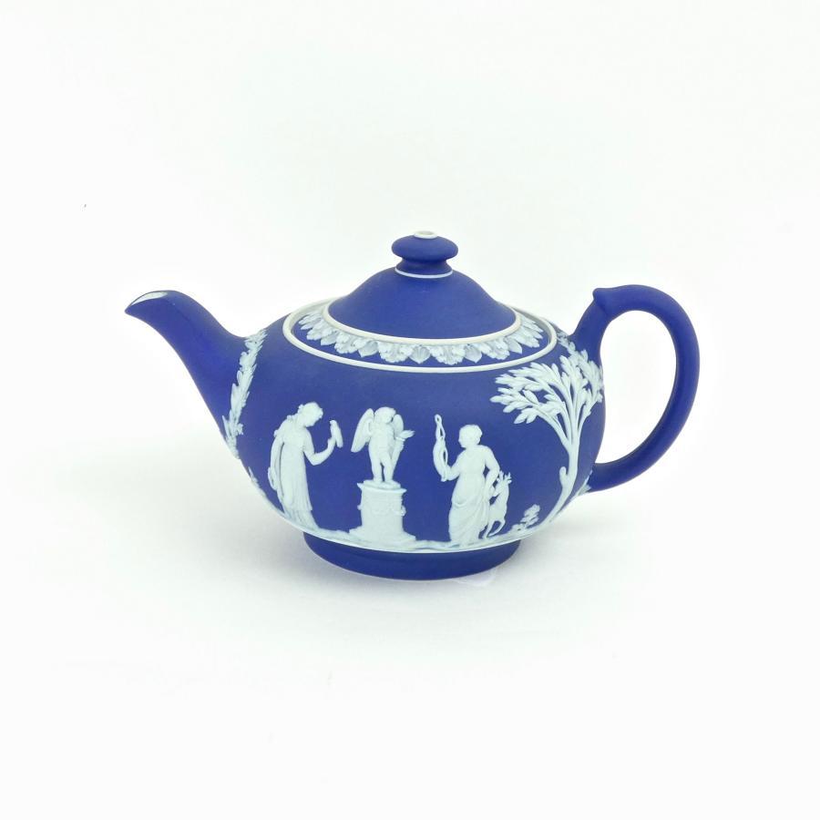 Wedgwood, dark blue, jasper dip teapot
