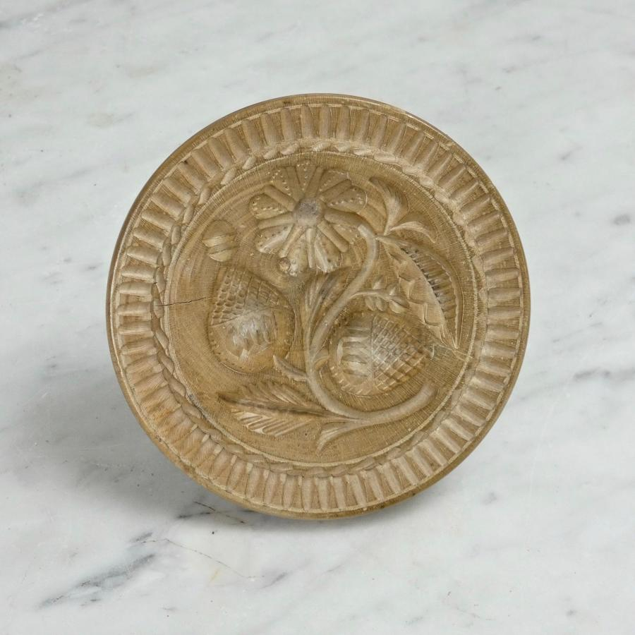 Well carved butter print