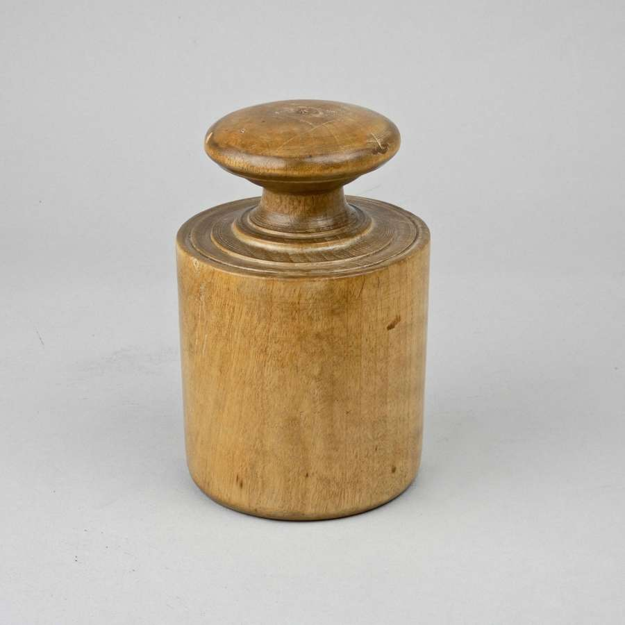 19th century wooden pie mould