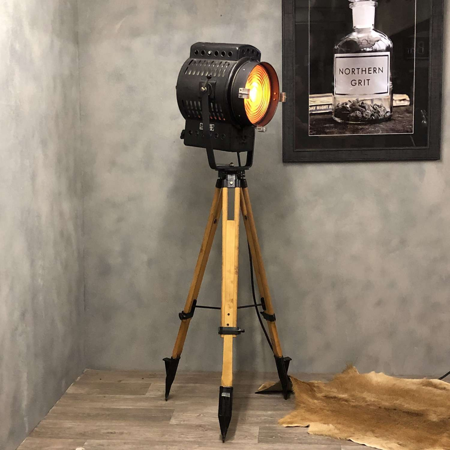 1960s Movie light and tripod. German.