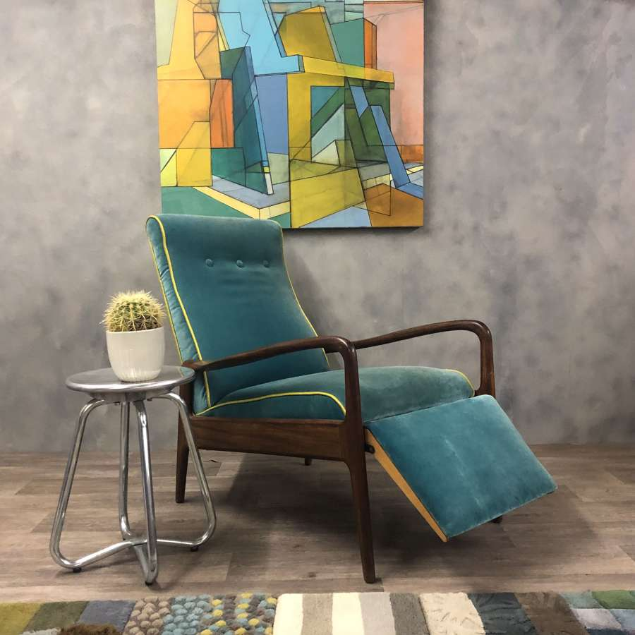 Greaves and Thomas midcentury reclining lounge chair