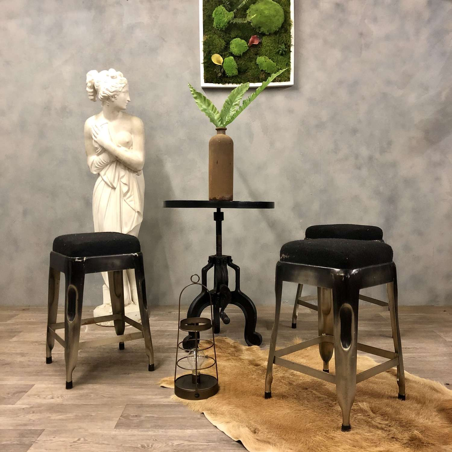 Cast iron outdoor garden table and stools