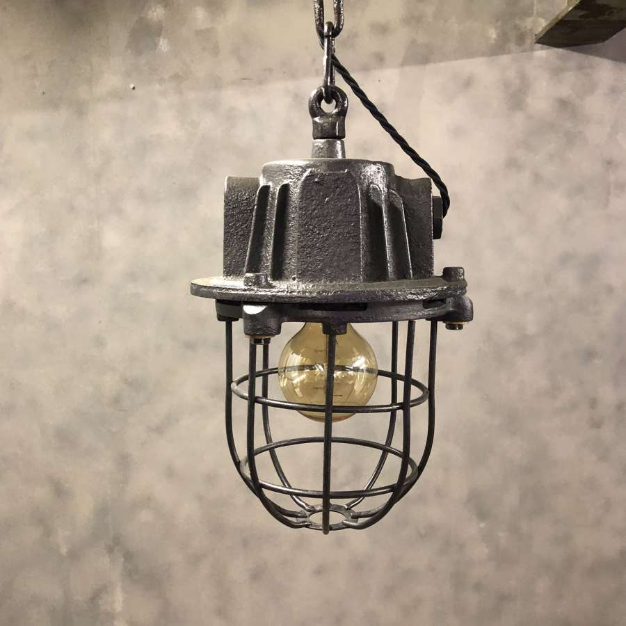 Industrial pendant light 1950s