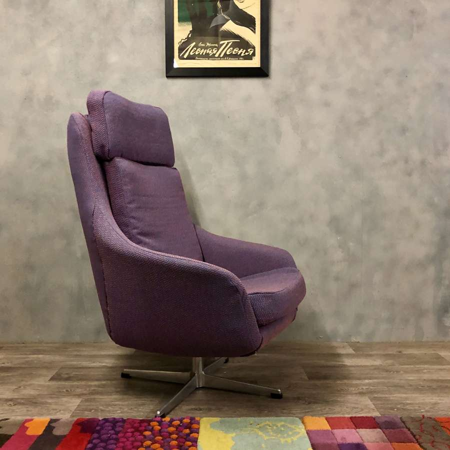 Vintage swivel chair purple
