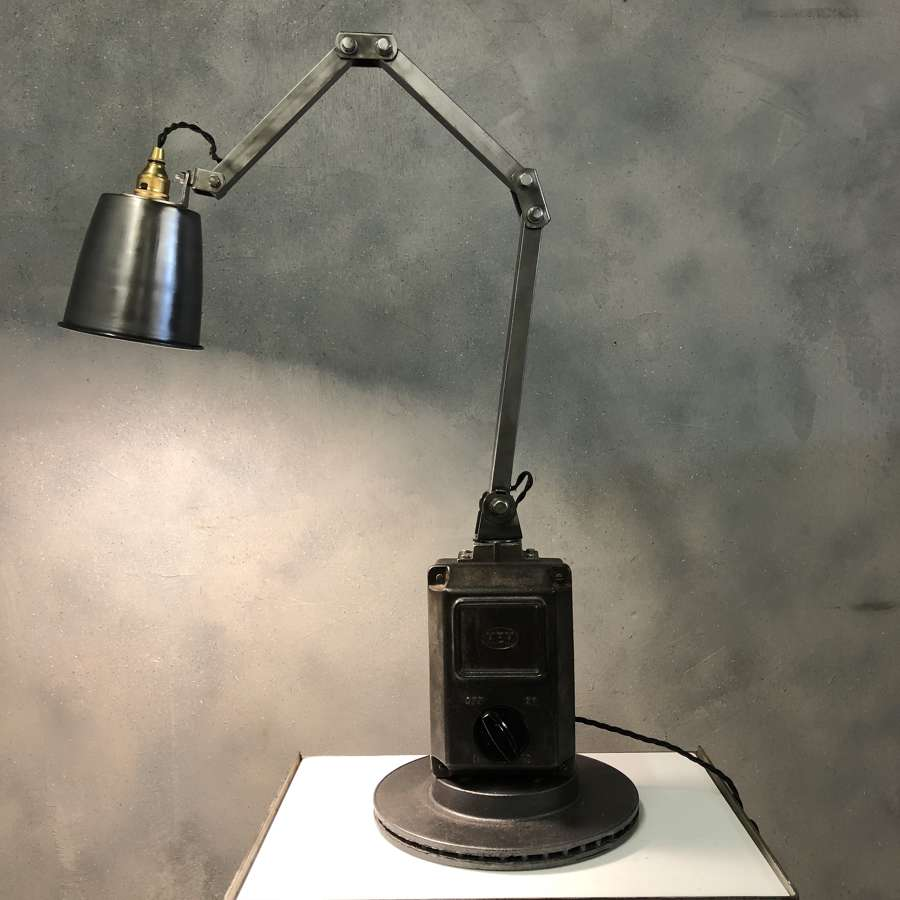 Industrial machinist lamp memlite