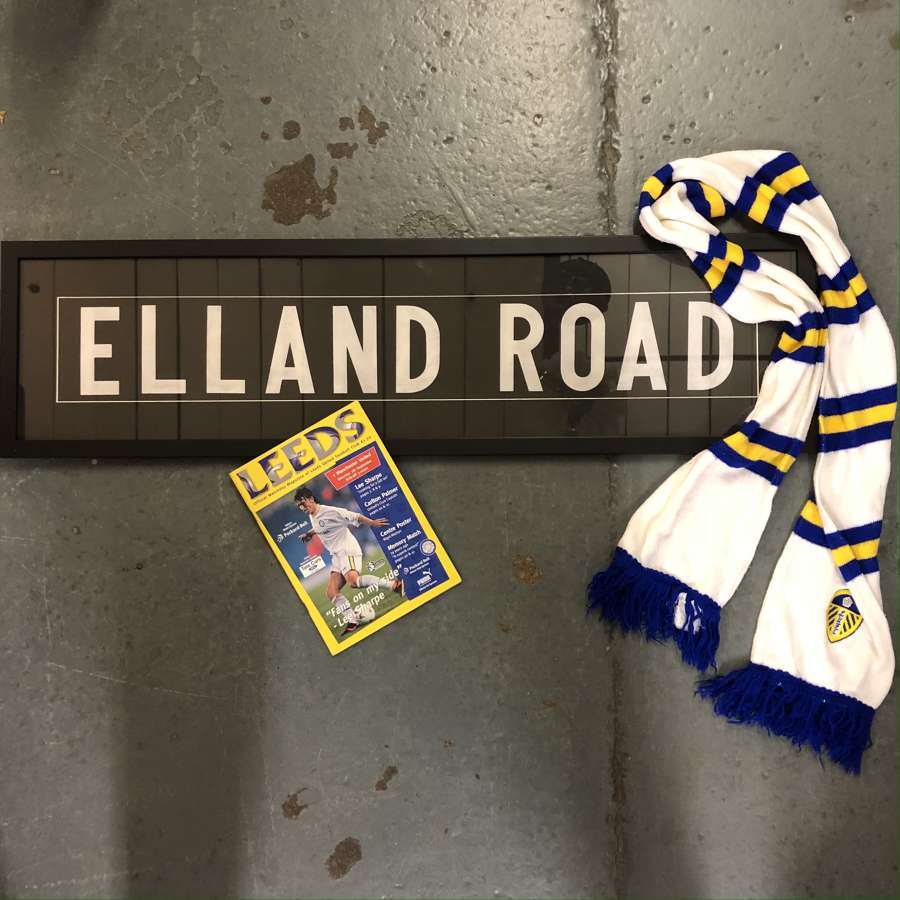 Vintage bus blind 'Elland Road'