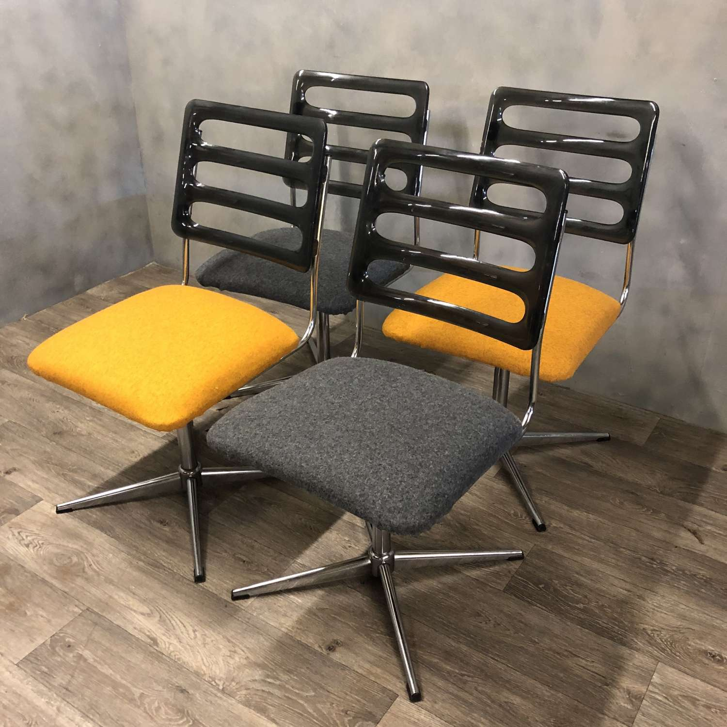 Dining Swivel chairs 1960s