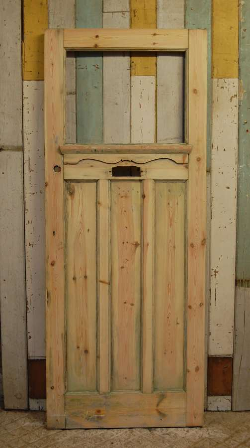 DE0586 EDWARDIAN STRIPPED PINE FRONT DOOR WITH PANEL FOR GLAZING