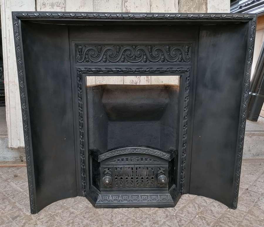 FI0040 BEAUTIFUL VICTORIAN CAST IRON FIRE INSERT, CLAY BACK & GUARD