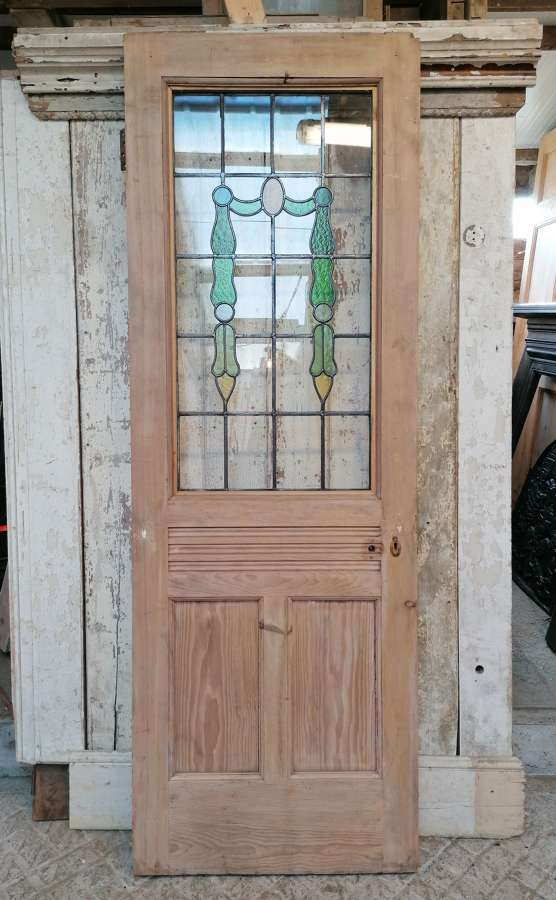 DI0726 RECLAIMED PINE INTERNAL DOOR WITH PRETTY STAINED GLASS PANEL