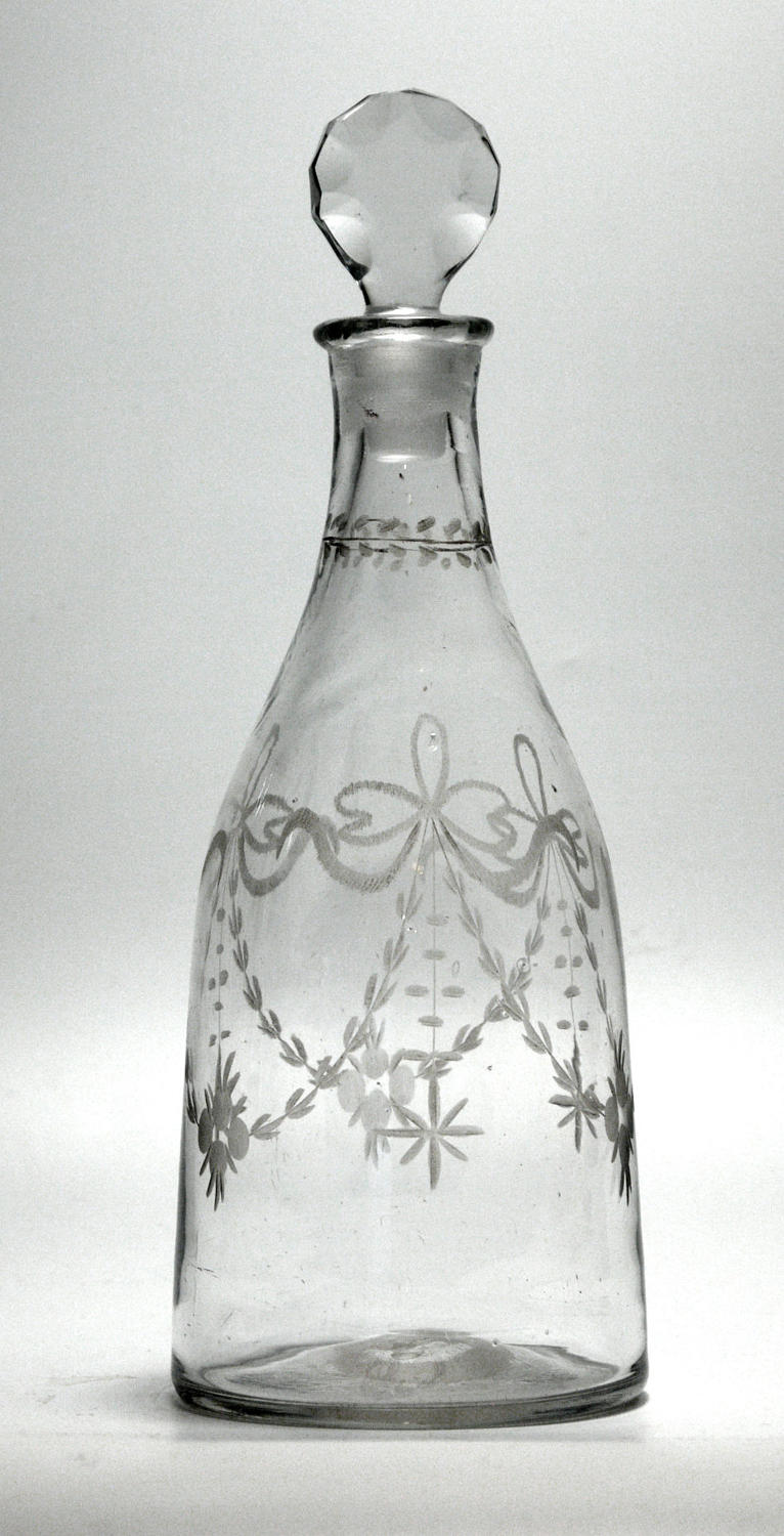 An engraved Georgian taper decanter