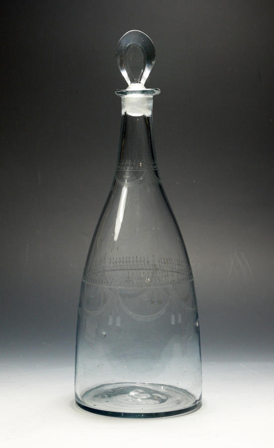 5169 A good 18th century MAGNUM  engraved taper decanter