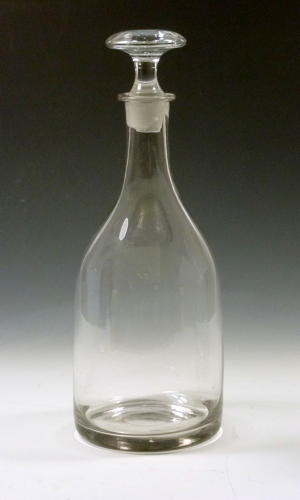 5207 A three-bottle taper decanter