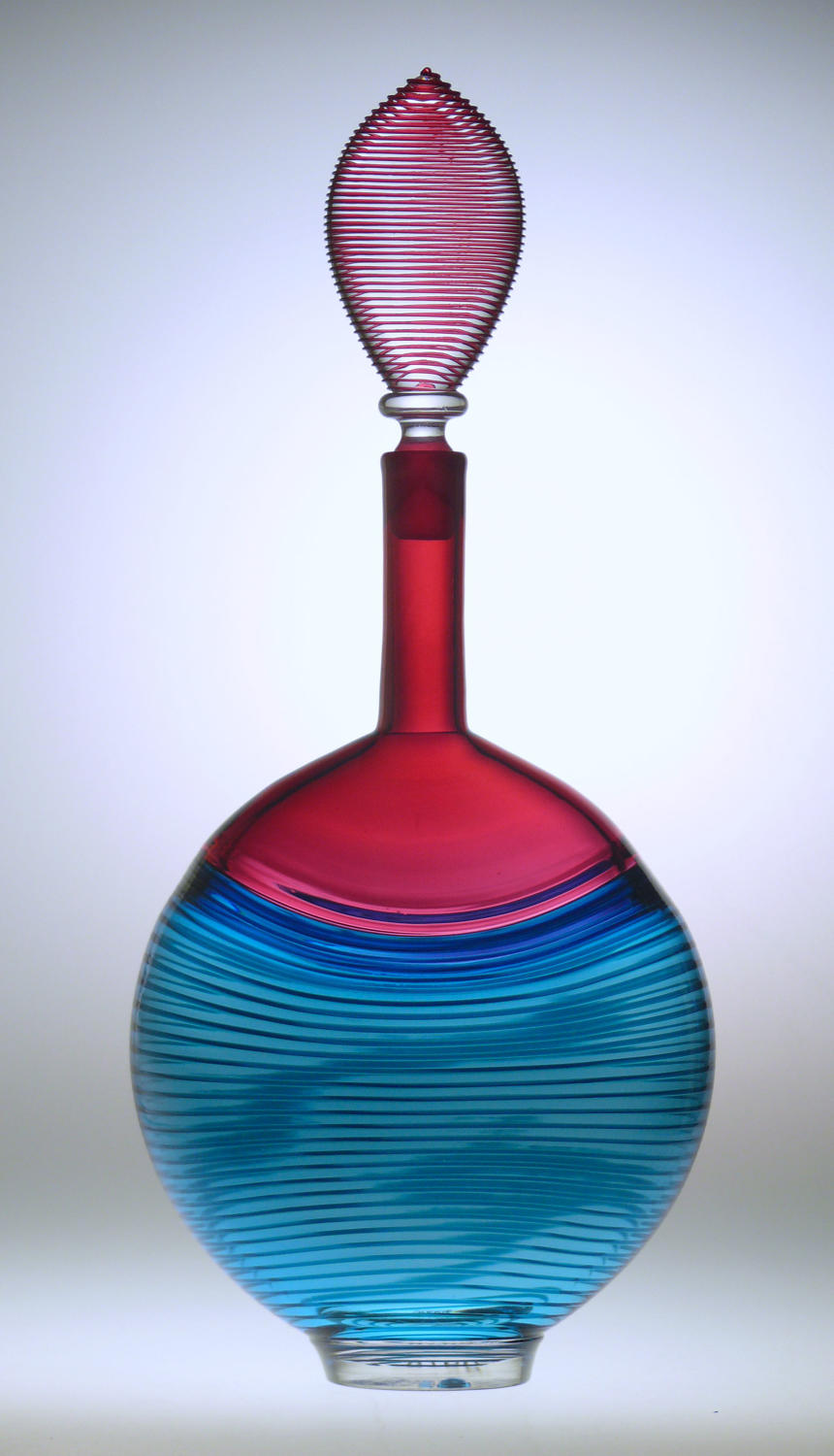 9978 A fine modern decanter by Bob Crooks.