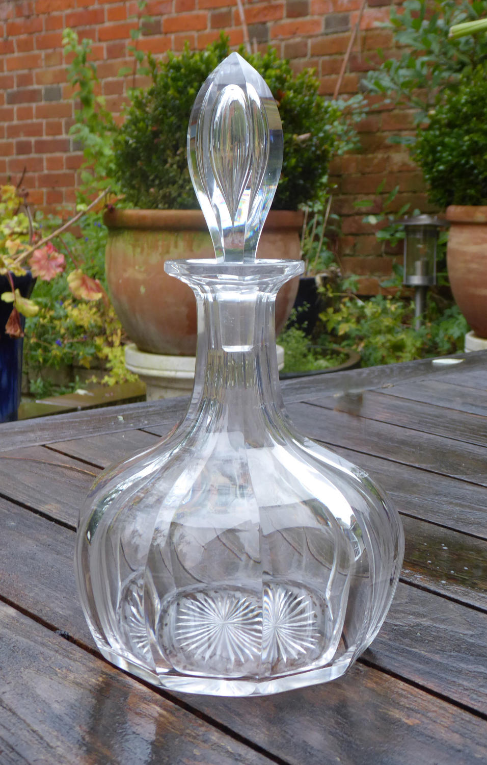 6639 A fine early Victorian ship's decanter