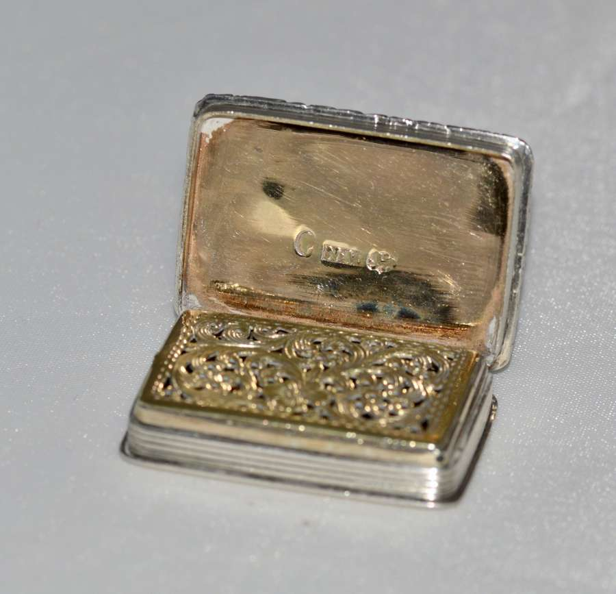 1837 Superb Vinaigrette & Made By Renowned Silversmith Nathan Mills, B