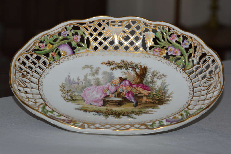 A Delightfully Attractive Dresden Porcelain Oval Dish, circa 1880-90