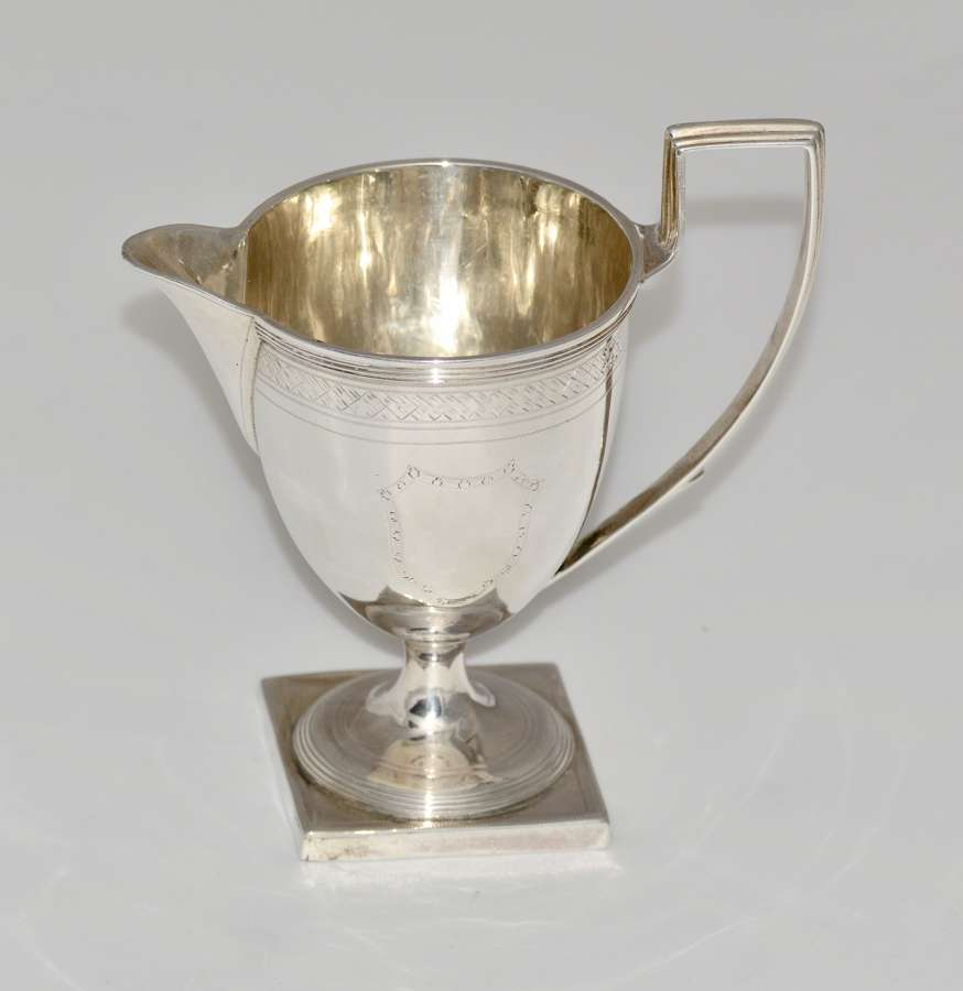 HIGH QUALITY GEORGIAN SILVER CREAMER BY HENRY CHAWNER - 1793