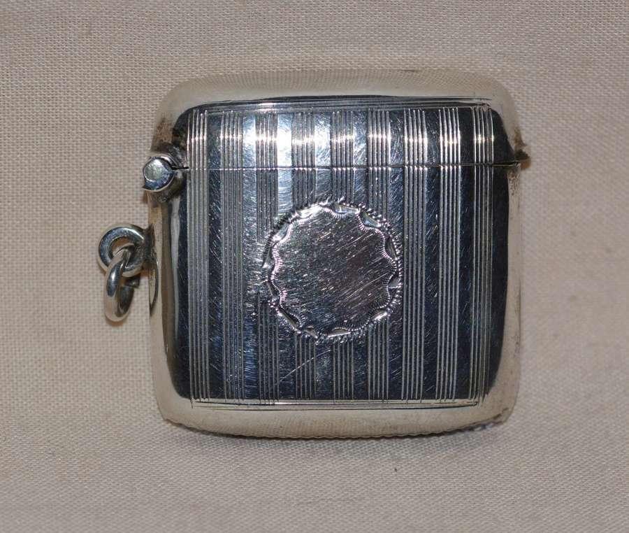 1908 Edwardian Sterling Siver Vesta Case by Birmingham's Hayes is & Co