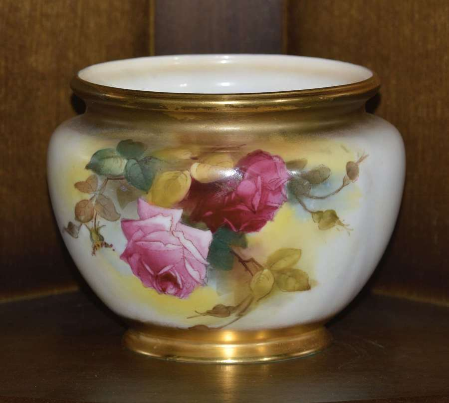 Royal Worcester 'Pink and Red Roses' Vase 1917 Signed by E. Spilsbury