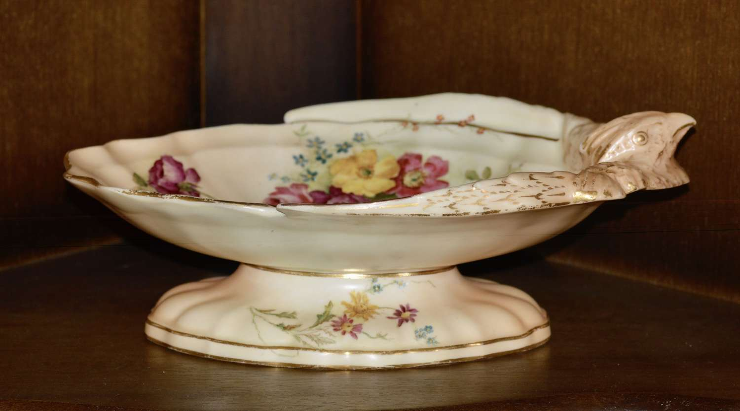 Excellent Royal Worcester 1913 Ivory Bird and Flower Pedestal Dish