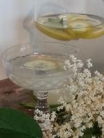 Elderflower cordial, a summer classic