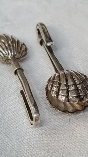 Novelty silver napkin holders