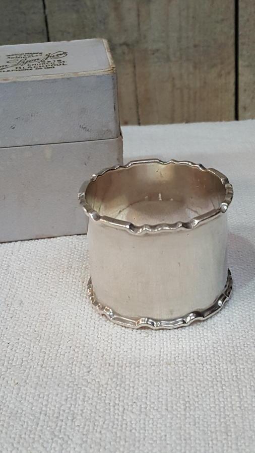 Silver napking ring Birmingham 1911