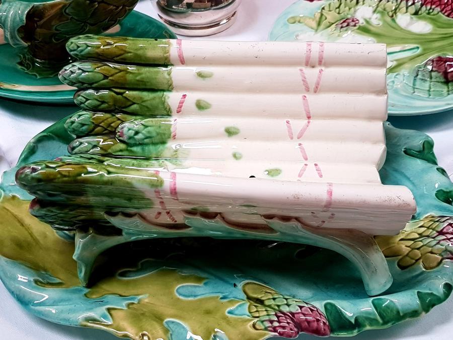 19th c French Majolica Asparagus server