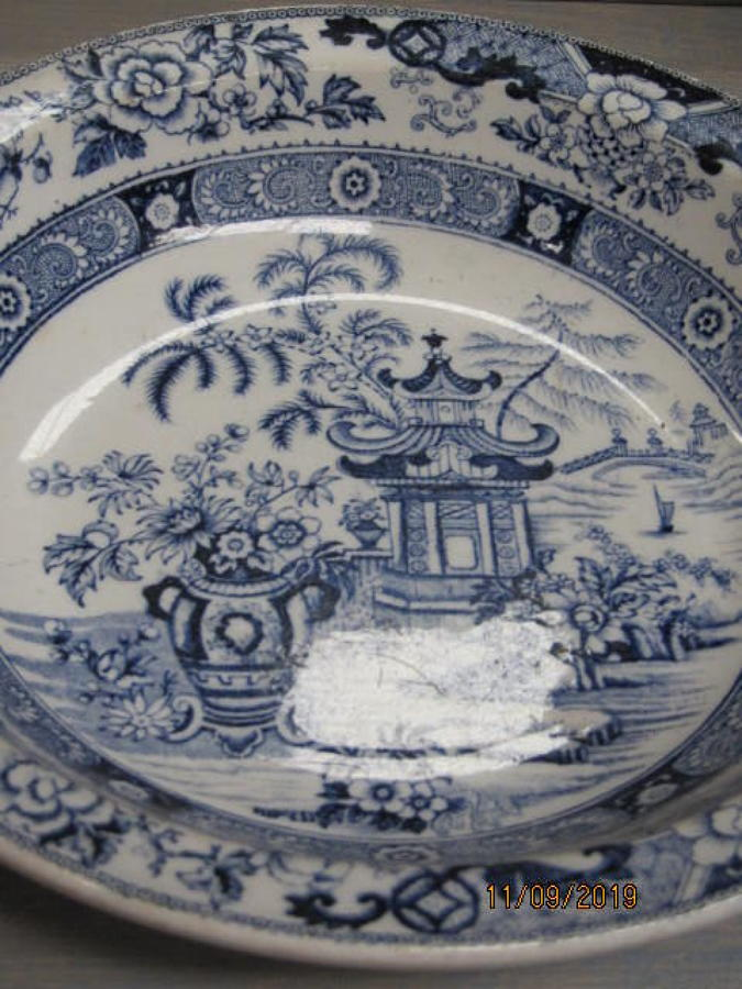 19th C French ceramic serving dish