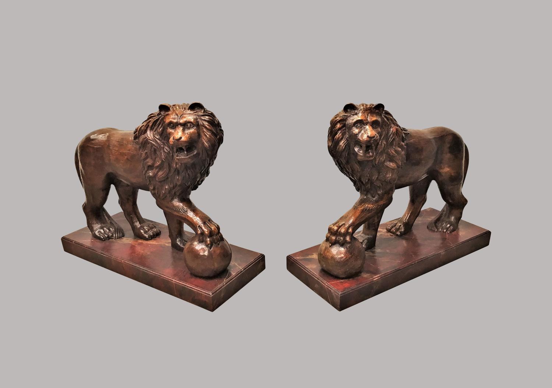 C19th pair of monumental Medici lions