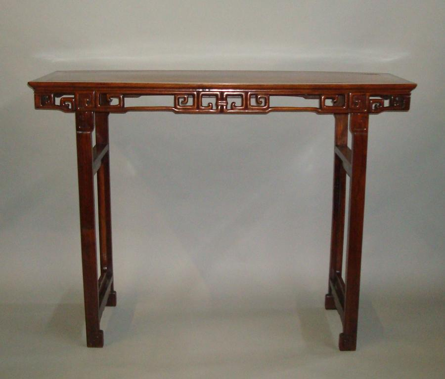 19th century Chinese Hongmu alter table