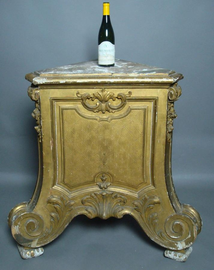 19th century carved giltwood pedestal