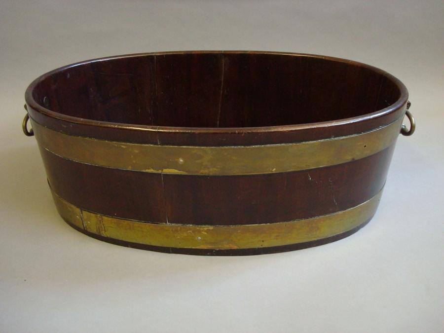 Georgian mahogany oval wine cooler