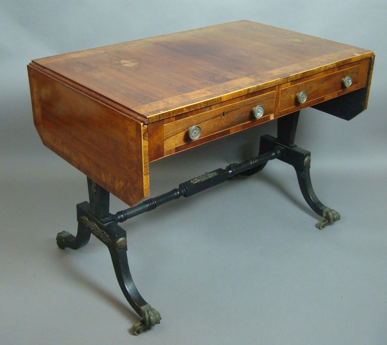 Good Regency kingwood sofa table