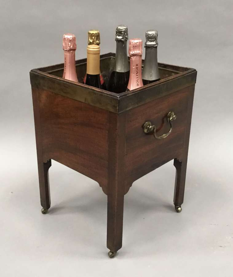 George III mahogany brass bound open wine cooler / jardiniere