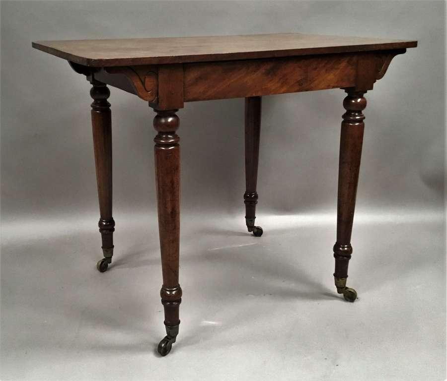 C19th mahogany side table / writing table