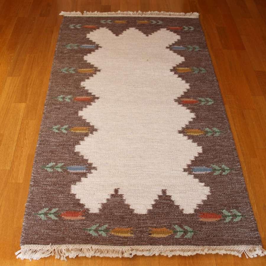 Swedish Röllakan flat weave woollen rug 1950s