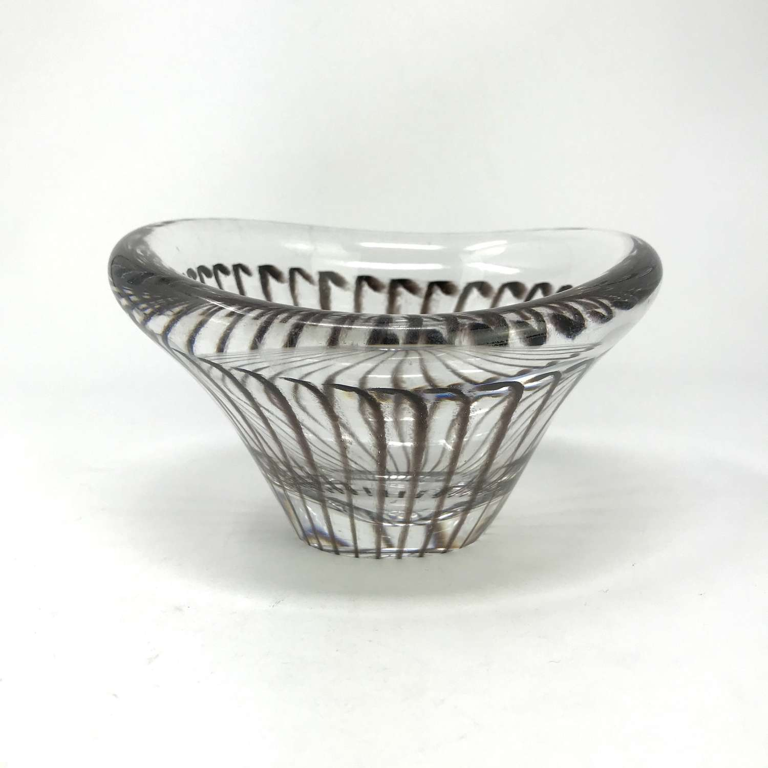 Vicke Lindstrand Bowl With Internal Pattern, Kosta, Sweden 1955-56