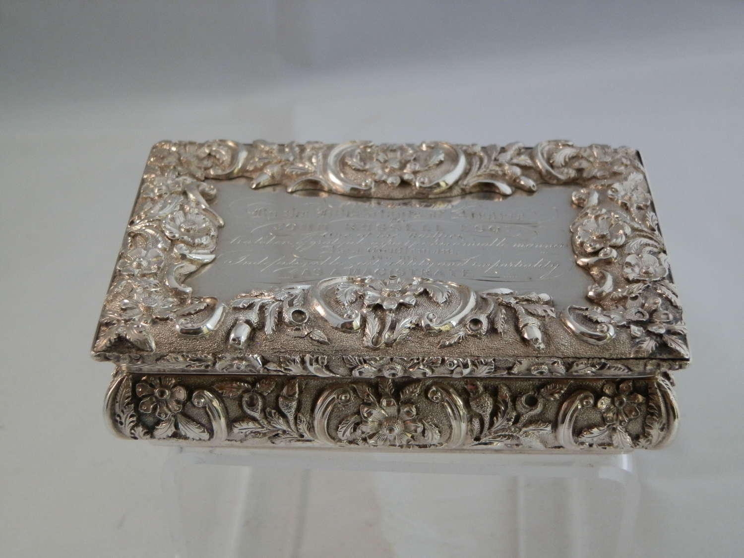 William IV silver snuff box by Nathaniel Mills