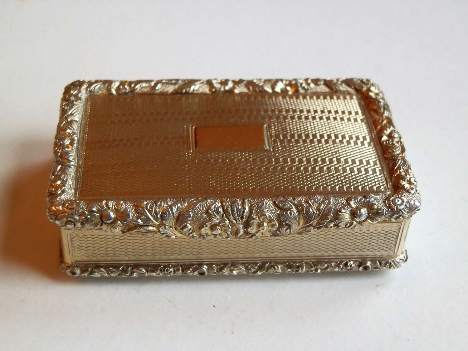 A stunning George IV silver gilt snuff box, Thomas Peacock 1825