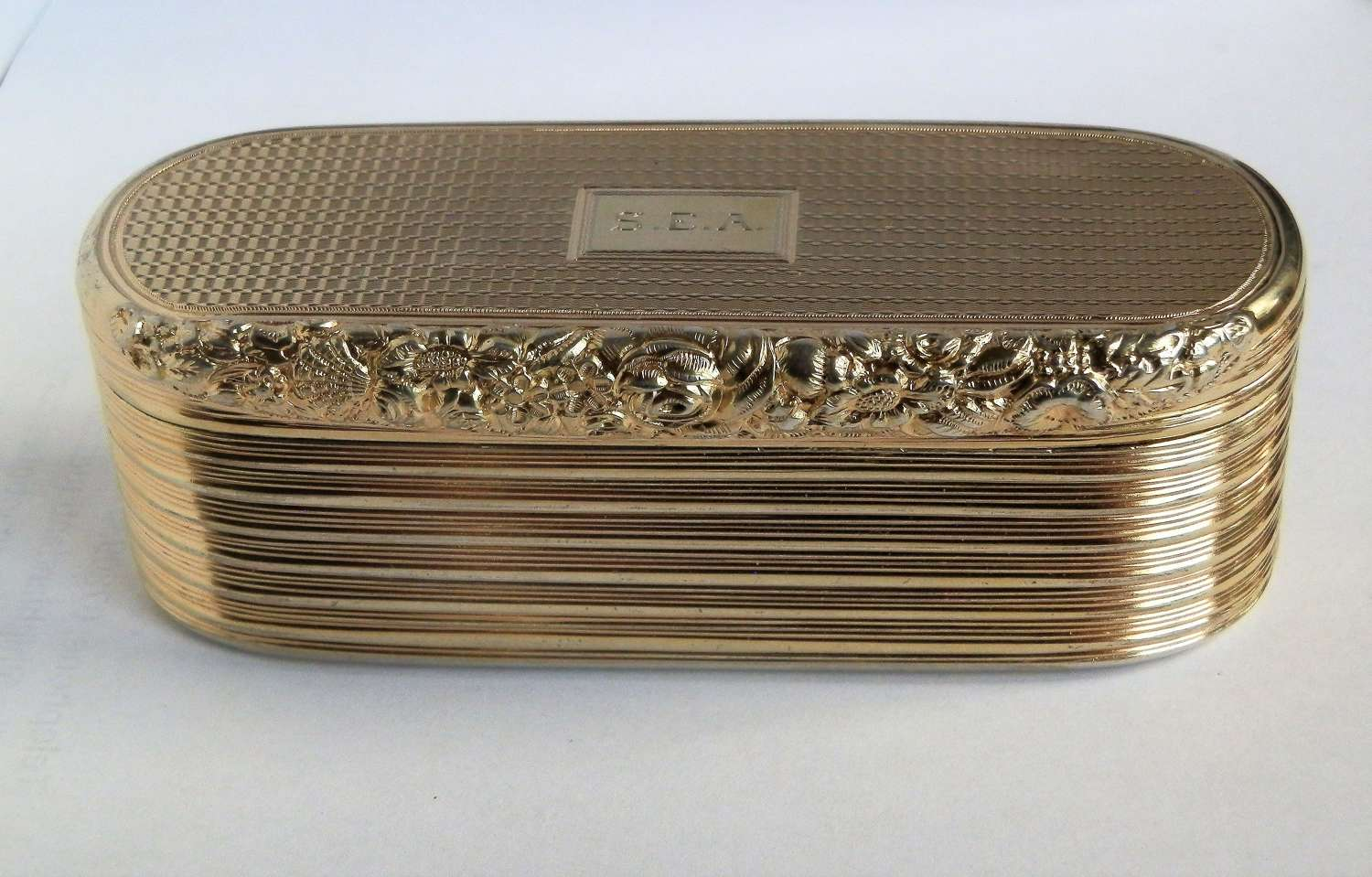 A large George III silver gilt snuff box, William Edwards, 1818