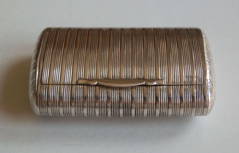 A George III ribbed silver snuff box, John Shaw, 1812